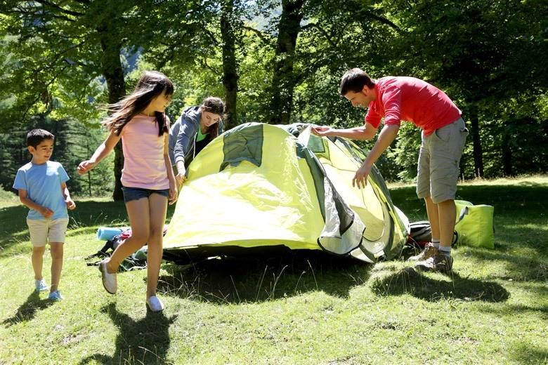 Being the most popular way of camping, using a tent is more familiar to most outdoor enthusiasts and campers. Before hammock camping, tent camping has been the traditional way to camp outdoors.